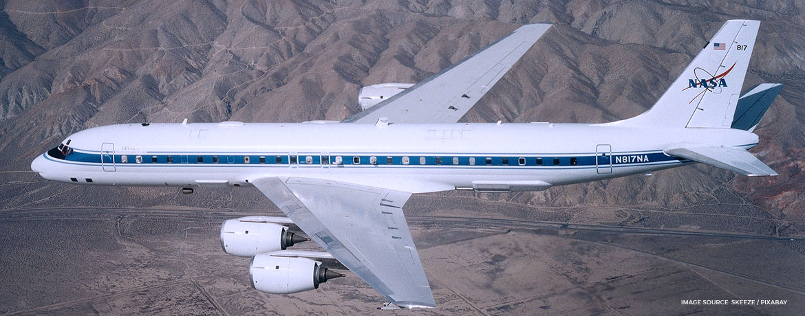 onboard entertainment airplane 1950 and 1960